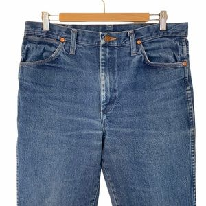Wrangler Men Size 34x32 Jeans Western Cowboy Medium Wash Blue